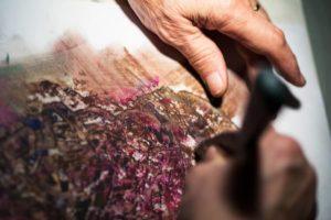 Kunstmaler Radu Maier bei der Arbeit