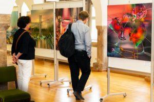 radus surreale gemaelde begeistern die besucher 1 - | Galerie Raduart